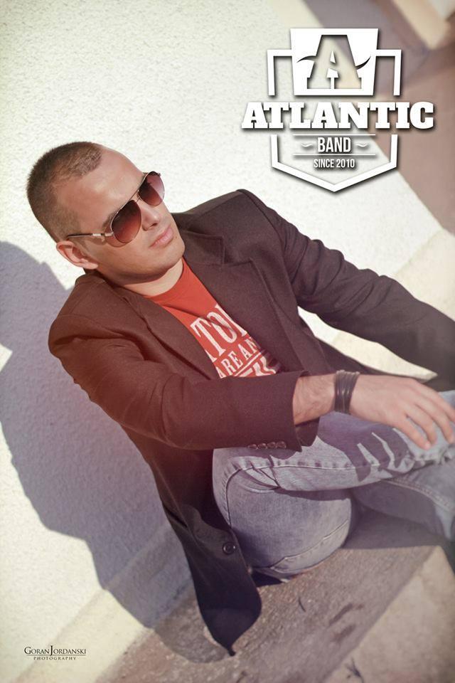 Petar sedi - Atlantic